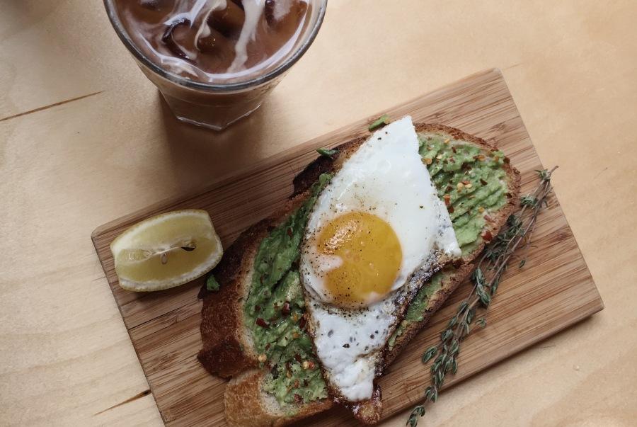avocado-toast-recette